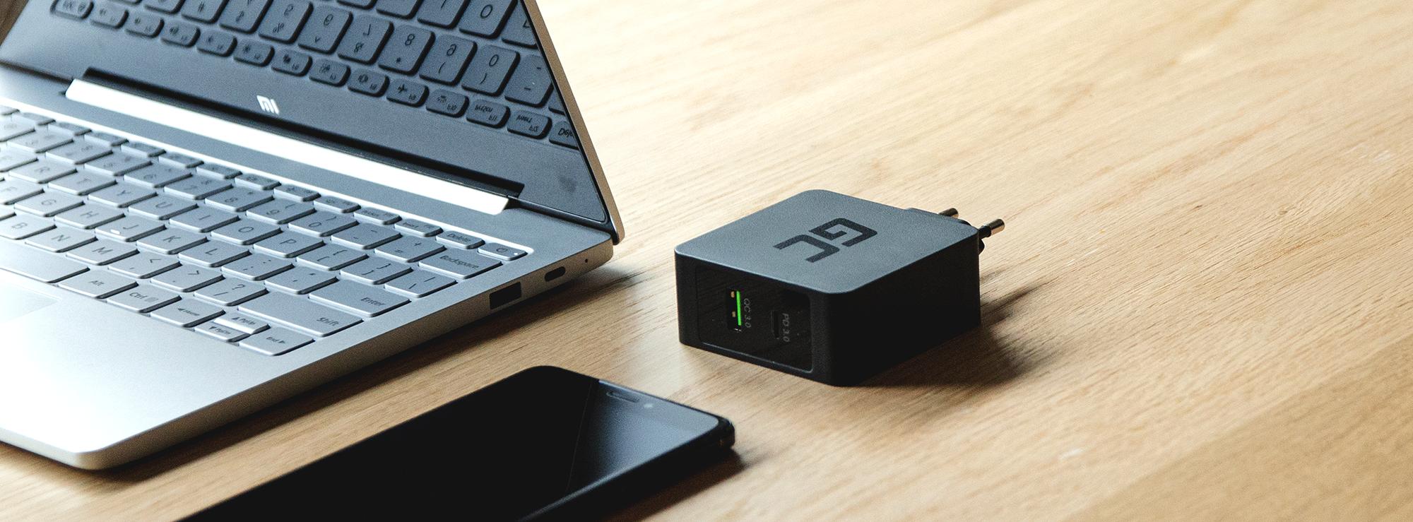 Ładowarka USB-C Power Delivery 30W - Ładowanie telefonu